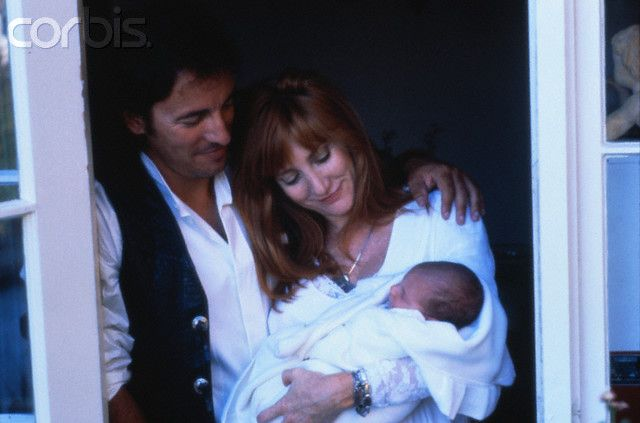 Bruce Springsteen With Wife Patti Scialfa And Son Evan