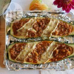 Zucchine ripiene di salsiccia