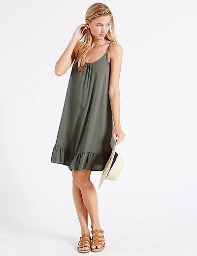 Платье-комбинация цвета хаки с воланом по низу  Бренд: Marks & Spencer  Цена: 945,00 руб.  Где купить: Marks&Spencer