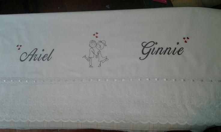 Sábana para novios bordada #amor #romance #regalo #romántico #matrimonio #sábana #bordado #novios