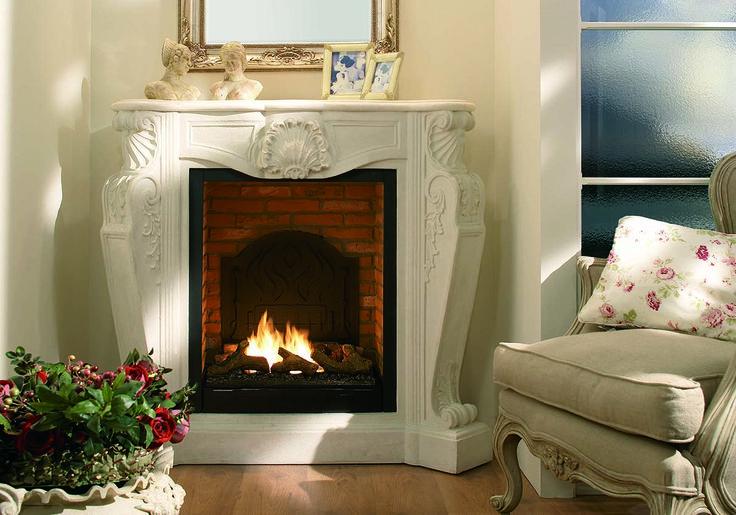 Biokominek portalowy Louis XIV to klasyczny model znakomicie imitujący tradycyjny kominek na drewno (nie wydziela jednak sadzy ani dymu i nie wymaga podłączenia do przewodu kominowego). Obudowa z najwyższej jakości kamienia CastleStone. Zobacz w sklepie: