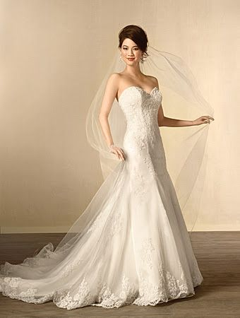 Alfred Angelo 2438- Lace gown- Sugar and Spice Uk- Lincoln