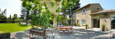 Mas provençal avec Chambres d'hôtes à vendre à Saumane de Vaucluse dans le Luberon