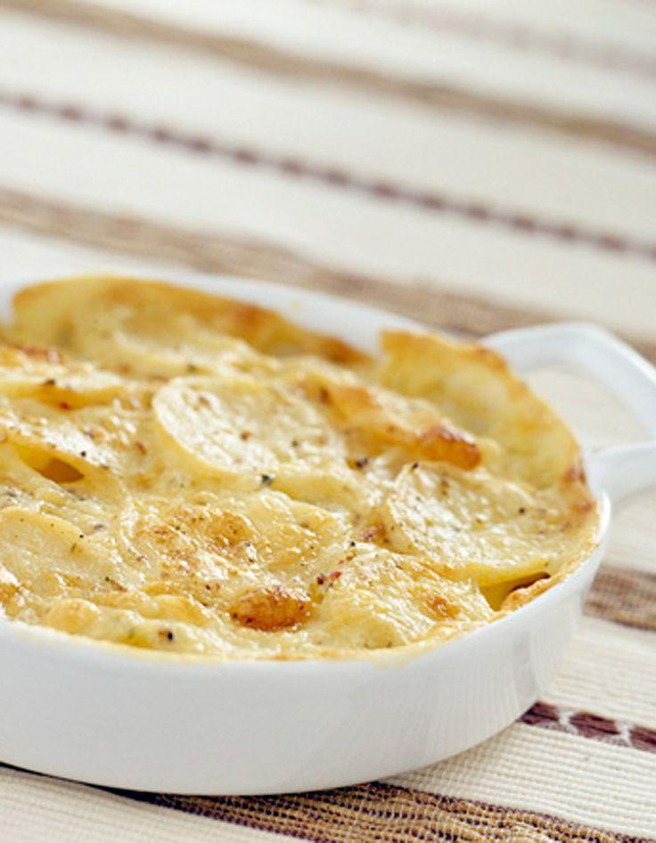 Gratin de pommes de terre au saumon fumé pour 4 personnes - Recettes Elle à Table