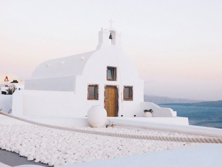 White minimal Greek church 🐚🇬🇷
