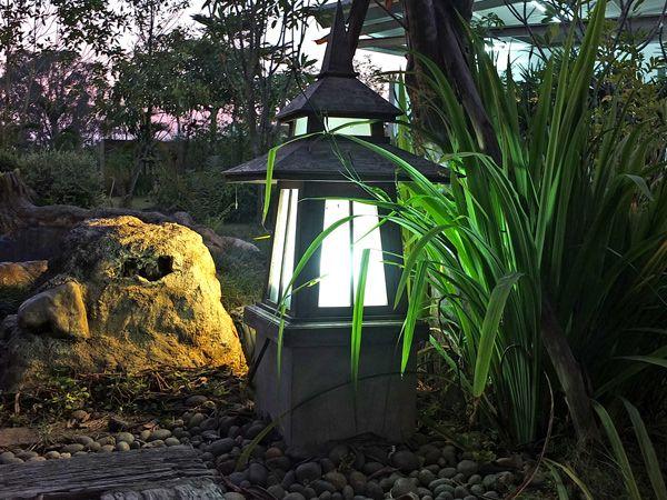 Дизайнерские советы по освещению дачного участка — какие светильники и фонари подбирать