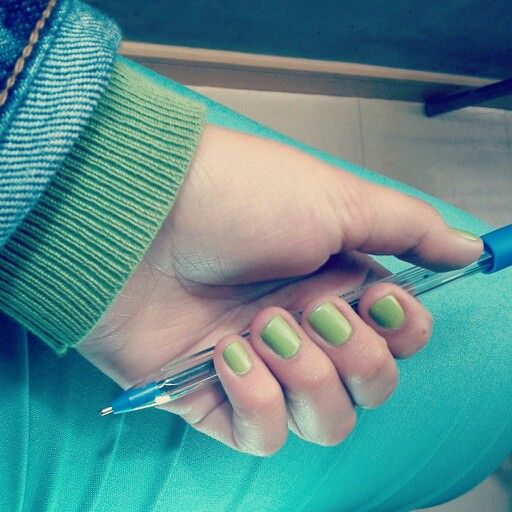 Journal !!!#nails #green #day #pretty