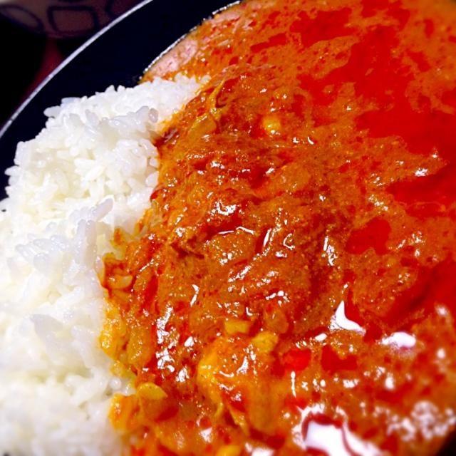 カレー粉を使ってカレーライス作り。ちょっとだけど、辛いものが食べれるようになったので挑戦!手間はかかるけどうまい! - 13件のもぐもぐ - チキンカレー by tomatonishikawa