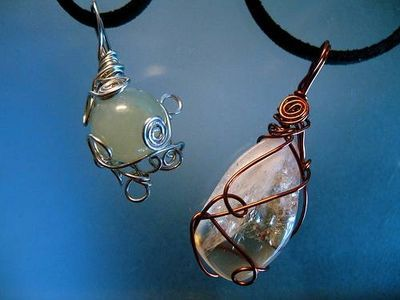 How to Make Rock & Quartz Crystal Jewelry: Wraps Stones, Wire Wraps Jewelry, Crystals Jewelry, Wirewrap, Crystal Jewelry, Diy Jewelry, Quartz Crystals, Rocks, Wire Wrapping