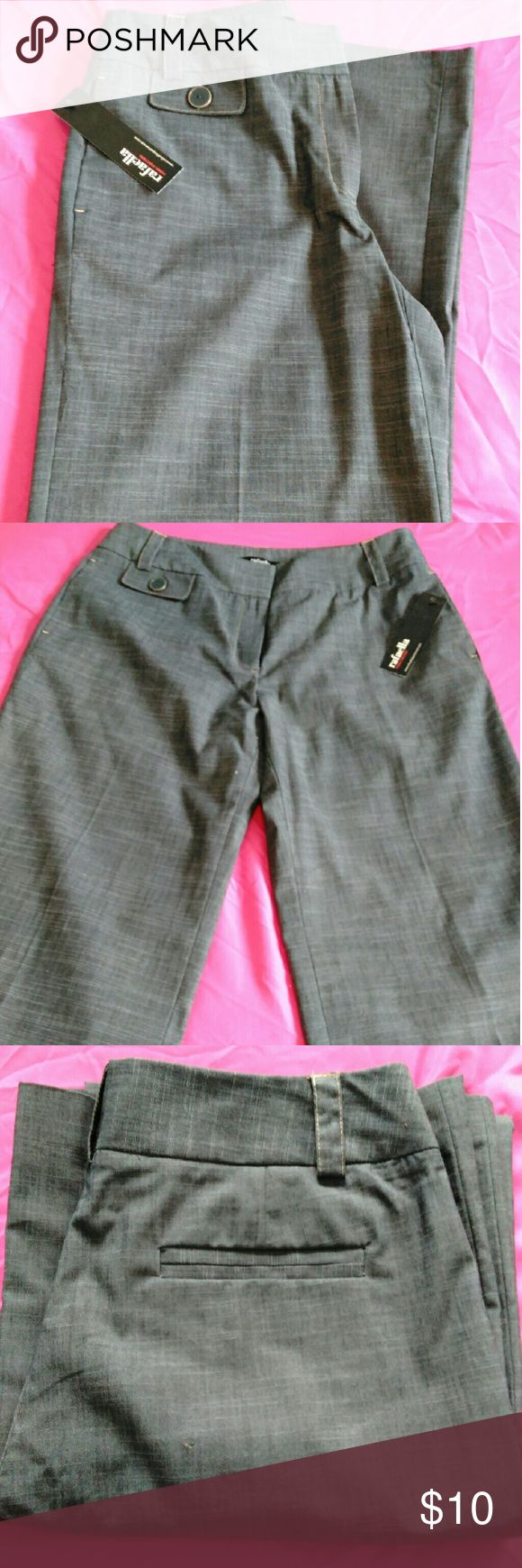 Women's Rafaella Pants NWT Women's Rafaella pants, size 8, new with tag. Modern fit, wide leg. Rafaella Pants Trousers
