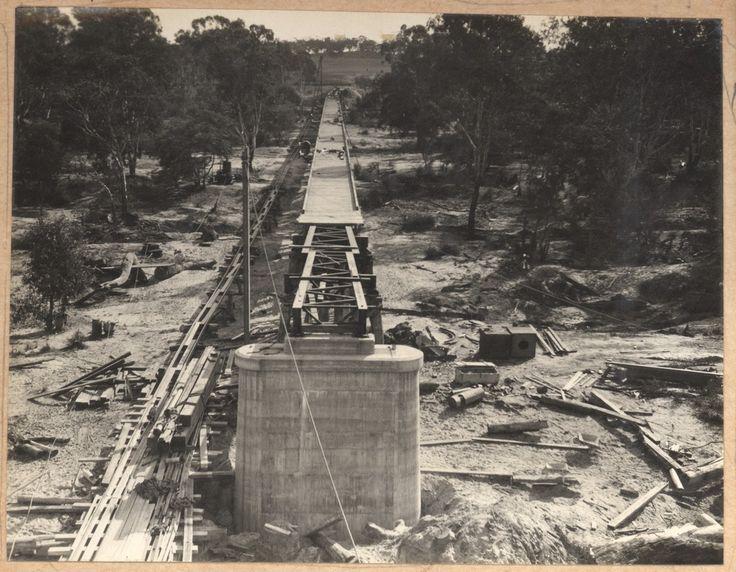 Yarrawonga railway bridge construction 1928