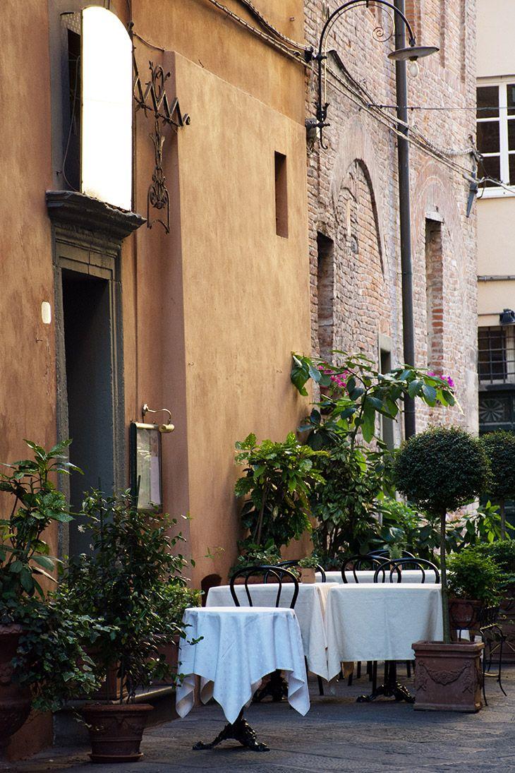 Endagstur eller flere dage i Lucca - her får du min guide til de skønneste oplevelser og spisesteder i den fine italienske by i Toscana