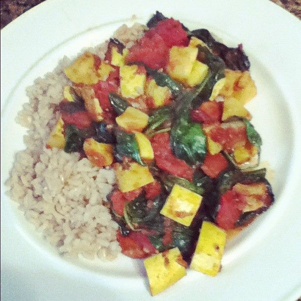 sauteed summer squash, tomatoes, and spinach tossed with some homemade salsa over brown riceBrown Rice, Allergies Diet, Saute Summer Squashes, Food Favorite, Homemade Salsa, Sauteed Summer Squashes, Spinach Toss, Gluten Free, Favorite Recipe