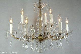Kristallen Maria Theresia kroonluchter 26682 bij Van der Lans Antiek. Meer kristallen lampen op www.lansantiek.com