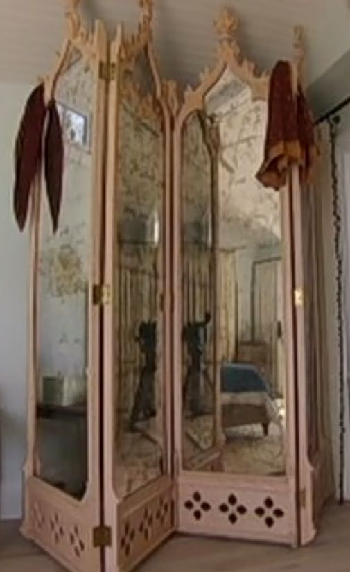 I need an antique vintage room divider with mirrors like this one - Best 20+ Victorian Room Divider Ideas On Pinterest Modern