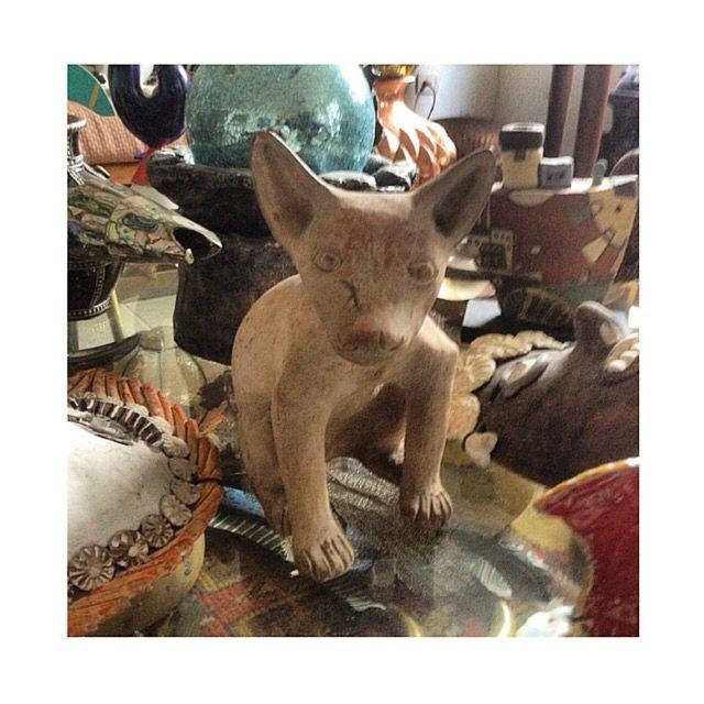 Replica autorizada en barro cocido de perro prehispánico Xoloitzcuintle. Preguntar el Precio ~ Price Upon Request.