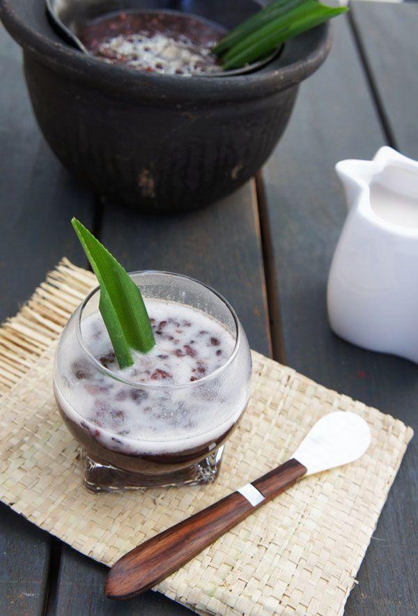 Arroz glutinoso negro con leche de coco