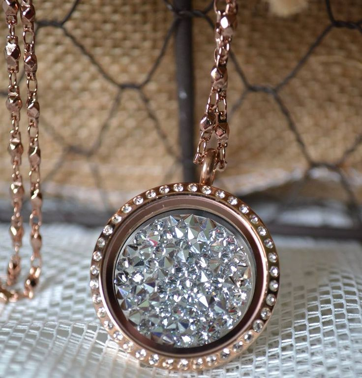 Love the new collection of South Hill Designs! This is the Swarovski crystal embellishment, so stunning! They also come in other colors! Check them out! www.southhilldesigns.com/charmlocket www.floatingcharms.net www.facebook.com/floatingcharms.net