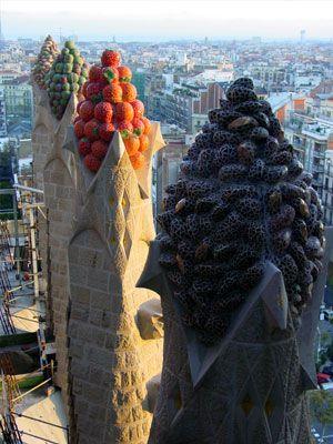 Gaudijeva arhitektura - Page 2 Ece05a3ade0bacd0314069263b7fe04a