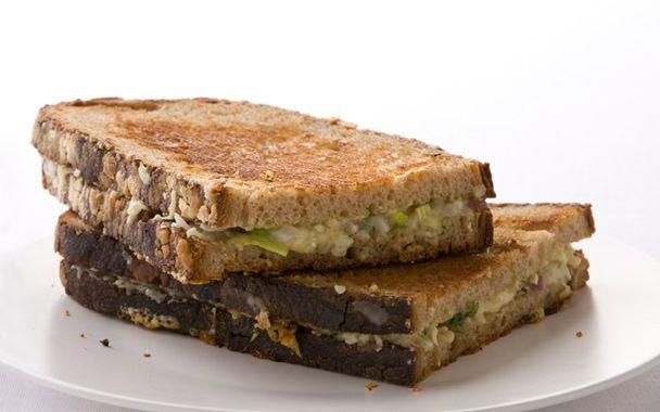 pan bagnat a summer treat 404 not found tuna sandwich pan bagnat see ...