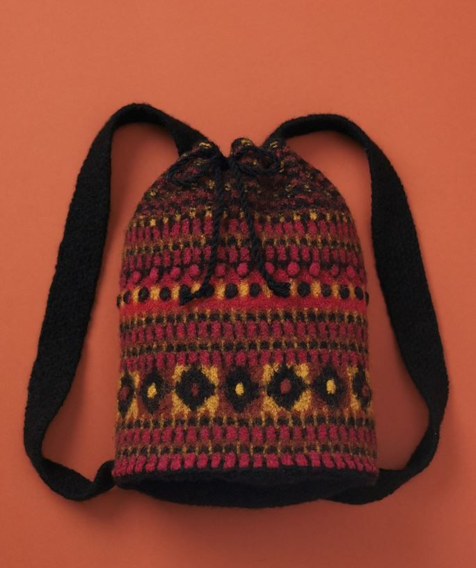 73 best Knitted bags images on Pinterest | Free knitting, Knit ...