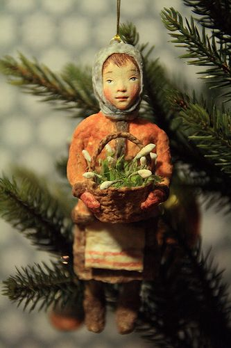 Spun cotton Russian ornament. She is so charming! It might be nice to do small versions of different countries for a small theme tree.