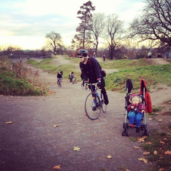 Baby on Board: on the dirt track with @Cyclehoop @ibikelondon and a baby :)