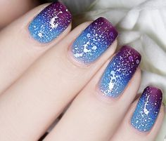 Thermal Color-Changing Nail Polish Dark Purple to Blue # 23810