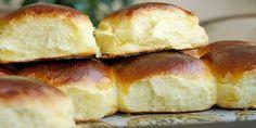 Эти булочки ооочень похожи на те советские булочки за 9 копеек. Они такие же воздушные, мягчайшие, ароматные…. Пока это самые лучшие, которые я пекла, на сегодняшний день
