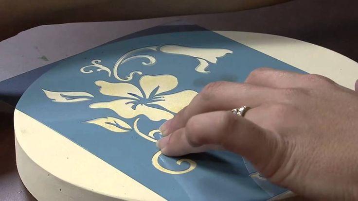 Mulher.com 30/08/2013 Marisa Magalhães - Caixa com Pintura Decorativa P 1/2