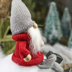 Christmas Gnomes to Make | Christmas Tomte Gnome Shelf Sitter - Fairy Garden Miniatures ...