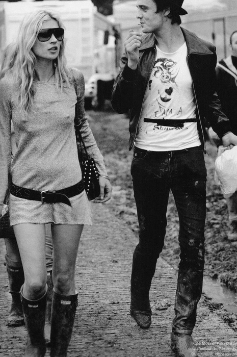 Kate and Pete. The guy's a garbage can, but he dresses like the nazz.....!