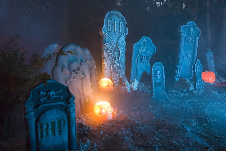 Halloween Yard Haunt Cemetery Ideas | Haunted Cemetery - tribe.net