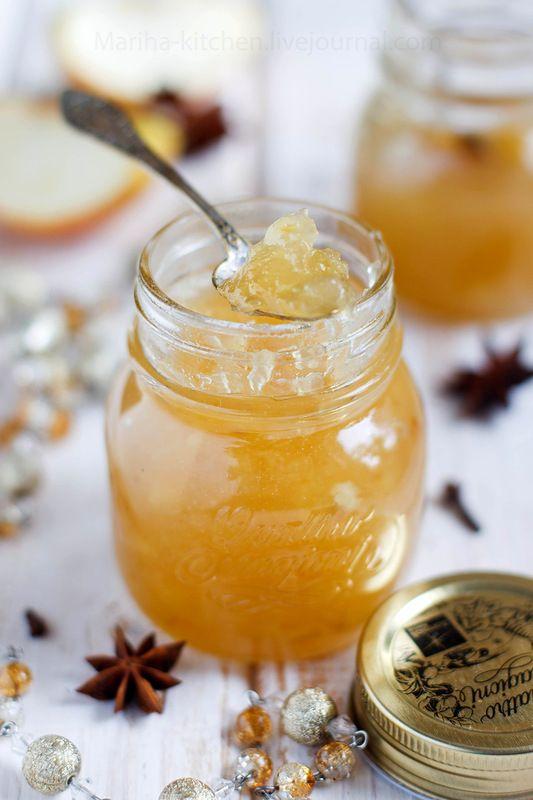 Яблочный джем для праздничных лакомств. Нам нужно: 4 средних яблока 400 гр сахара 1-2 ст.л. воды 1 ч.л. лимонного сока 1 звездочка бадьяна (или возьмите гвоздику). Яблоки очистить, порезать и положить в сотейник. Добавить воду, лимонный сок и примерно половину от общего количества сахара. Поставить на средний огонь, помешивая, держать до тех пор, пока яблоки не станут совсем мягкими... Добавить специи. Варить до готовности, то есть пока джем не станет достаточно однородным. Удалить специи...