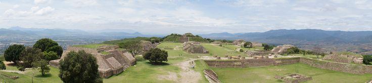Zona arqueológica de Monte Albán en Oaxaca. Monte Alban, archaeological site in Oaxaca. #travel #mexico #archaeology