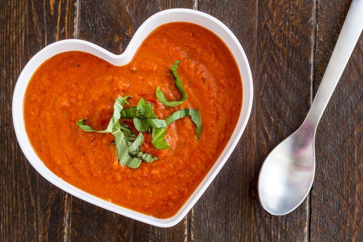 Une crème de tomates vite faite et remplit de saveurs.