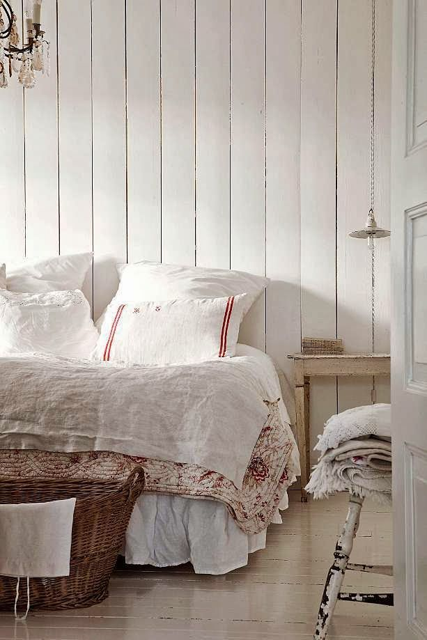 32 best scandinavian cottages images on pinterest 17253 | ece1ed39dcf182ecc5eb648761ce1d8f cottage bedrooms white bedrooms