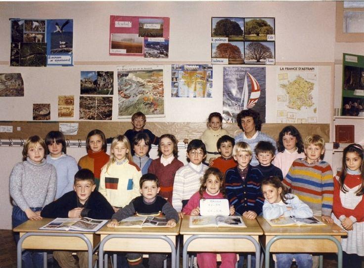 Photo de classe CP CE1 de 1985, ECOLE SAINTE THERESE - Copains d'avant