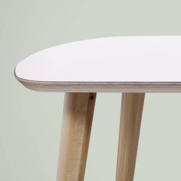 bSav & Okse Designtafel Tomrer massief hout
