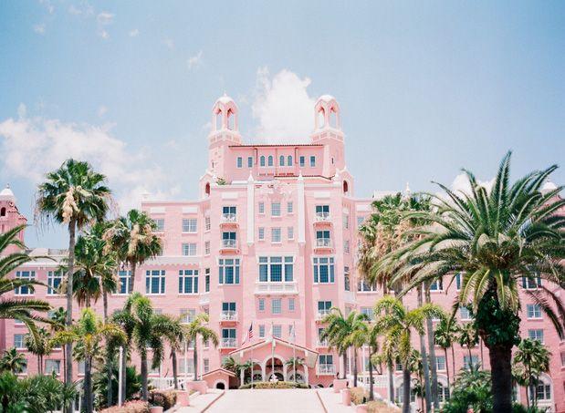 Don Cesar: Florida Wedding at the Pink Castle | Wedding Blog – Wedding Colors & Inspiration | Grey Likes Weddings