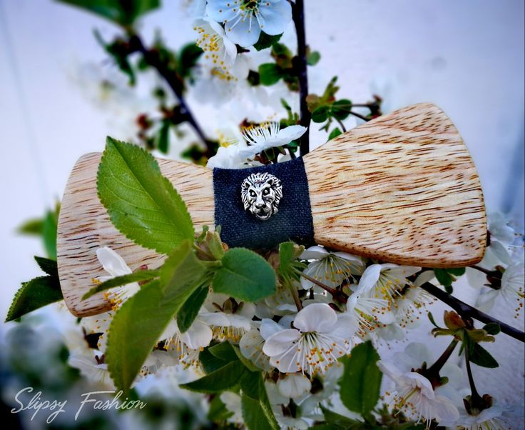 Wooden Bow Tid by Slipsy Fashion