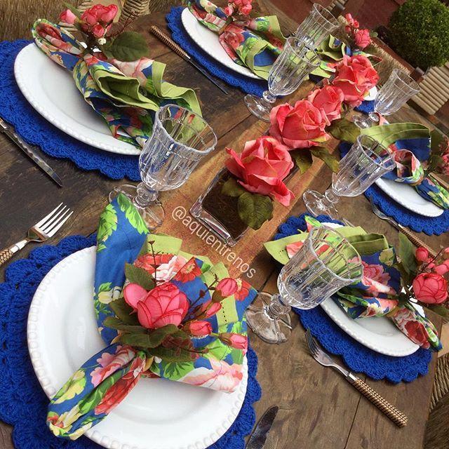 Porque no verão a gente sempre quer uma mesa assim... Mesa Claire Contato:entrenos.aqui@gmail.com ou WhatsApp (24)988291514.