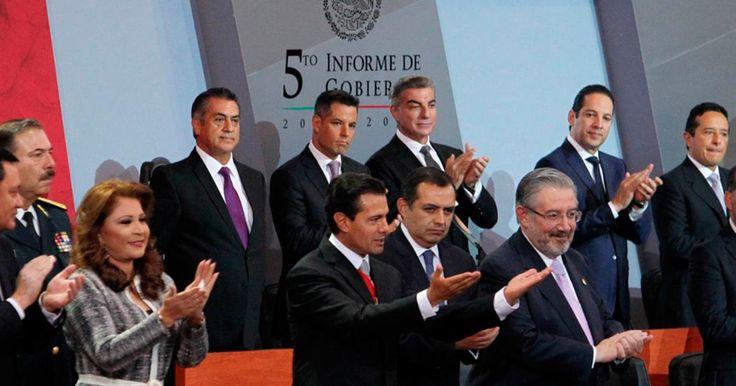 El pasado 2 de septiembre el presidente Enrique Peña Nieto presentó su 5to Informe de Gobierno en Palacio Nacional frente a su Gabinete y funcionarios del Estado, en donde enarboló los logros que se han conseguido tras cinco años de gobierno. Sin embargo,ladesaprobación por parte de la ciudadanía, que según algunos medios ha alcanzado cerca del 80 por ciento, eclipsan esos logros.A continuación se enumeran cronológicamente ocho momentos que han marcado la gestión del presidente y que…