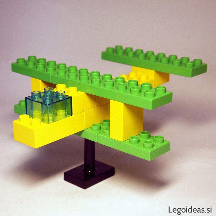 A simple Lego Duplo biplane idea
