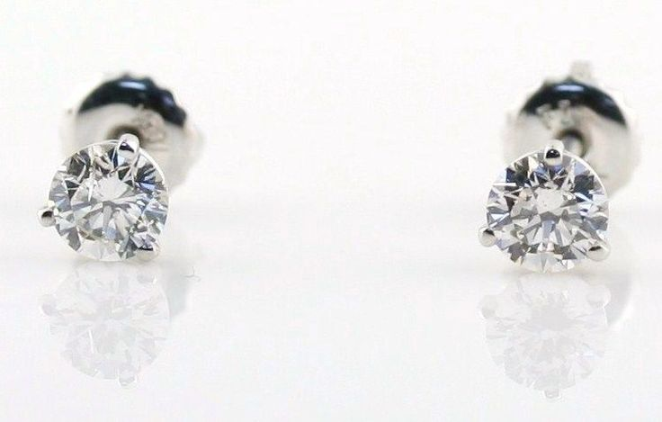 0.72 CARAT SI GH 3-PRONG DIAMOND STUD EARRINGS 18K WHITE GOLD