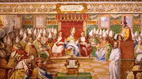 Fordi Bibelen ikke klart udtrykker en lære om Guds væsen, har netop dét været genstand for mange kirkelige diskussioner i de første århundreder af kirkens historie