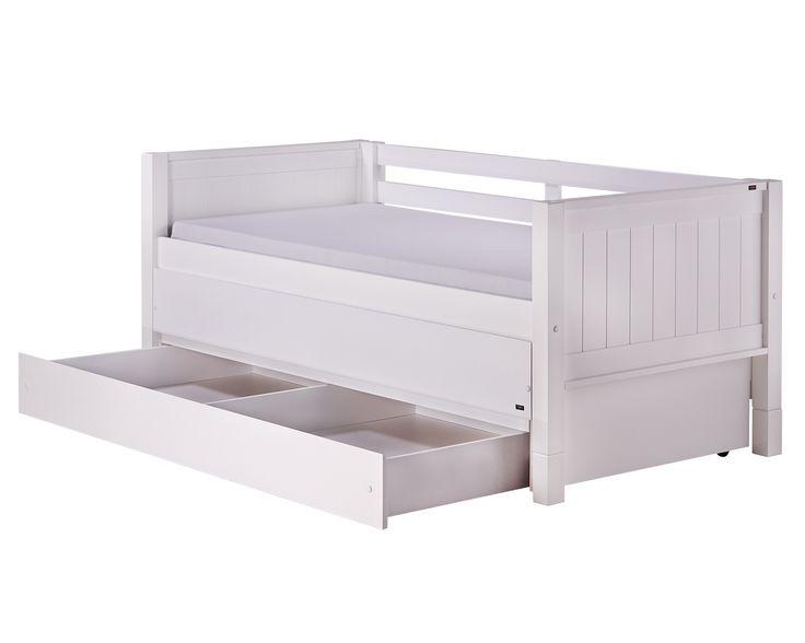Uma tri-cama, ou uma cama três em um. Essa é a cama MULTIfuncional Authentic, com ela é possível adcionar duas gavetas na parte inferior, uma bicama na parte central e ainda fazer dela um sofá cama na parte superior. Tudo em um único produto.  Ambos os colchões utilizados possuem medidas de solteiro padrão 188x88 cm. #crofths #camatresemum #tricama #camacomauxiliaregaveta #sofacamacomgaveta #sofacamacomauxiliar