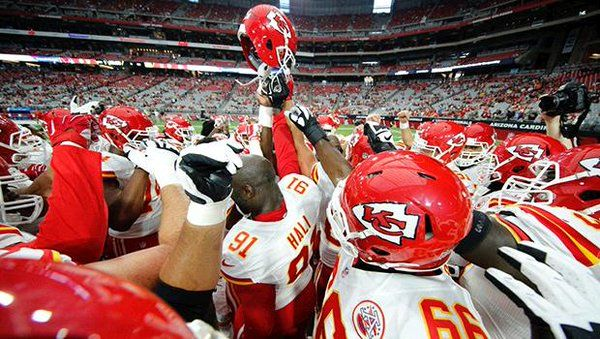 NFL Trade Rumors 2016: KC Chiefs To Deal Knile Davis With Philadelphia Eagles? - http://www.movienewsguide.com/nfl-trade-rumors-2016-kc-chiefs-deal-knile-davis-philadelphia-eagles/189082