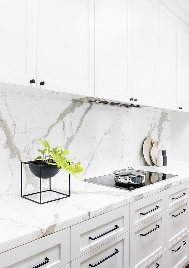 calcatta oro marble counters and backsplash | biasol design studio