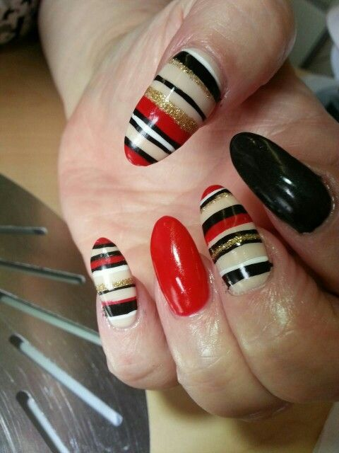 Red black with nail art, by marie